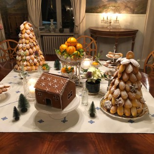 Cake table with croquembouche